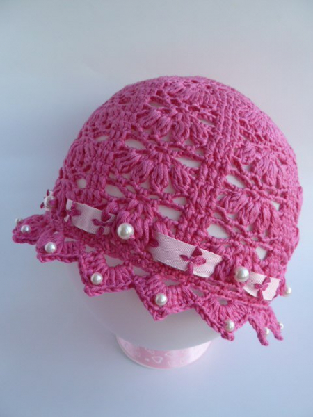 Ажурная шапочка для девочки крючком возрастом 1 год на лето в фото
