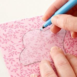 Декор подушек своими руками — аппликация из ткани в фото