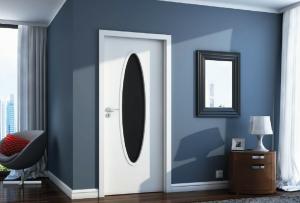 Как покрасить деревянную дверь – советы мастеров в фото