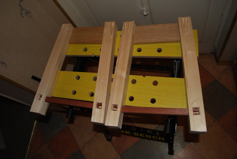 Как своими руками сделать качественно деревянный табурет? в фото