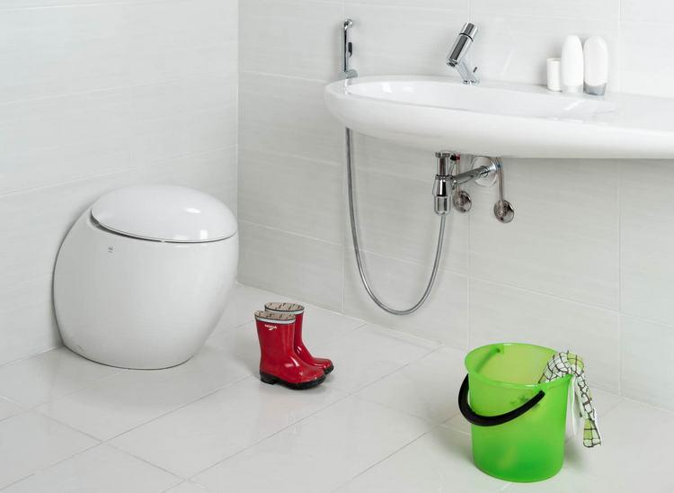 Монтаж гигиенического душа в туалете своими руками