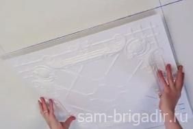 Отделка потолка: потолочная плитка в фото