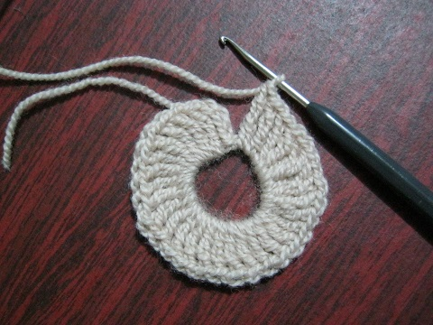 Подробный урок вязания крючком салфетки для начинающих в фото