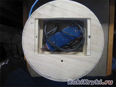 Светильник из старых дисков в фото
