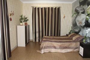 Кімната в кольорах крем брюле