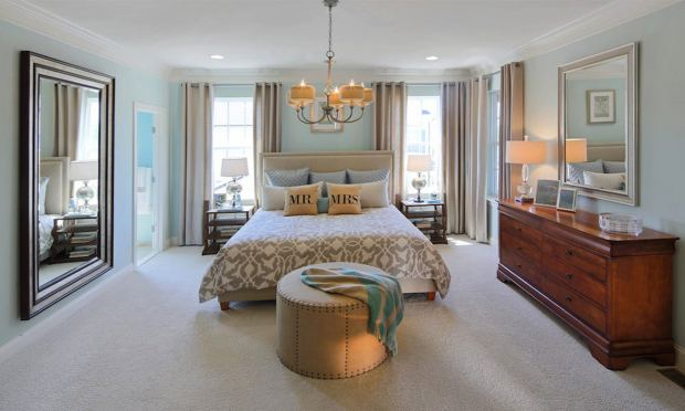 ashbury_chandelier_bedroom_millersmith_jimkirbyphotography