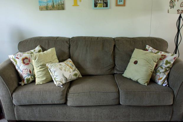 appealing-decorative-pillows-for-sofa-and-modern-gray-sofabed-with-decorative-pictures