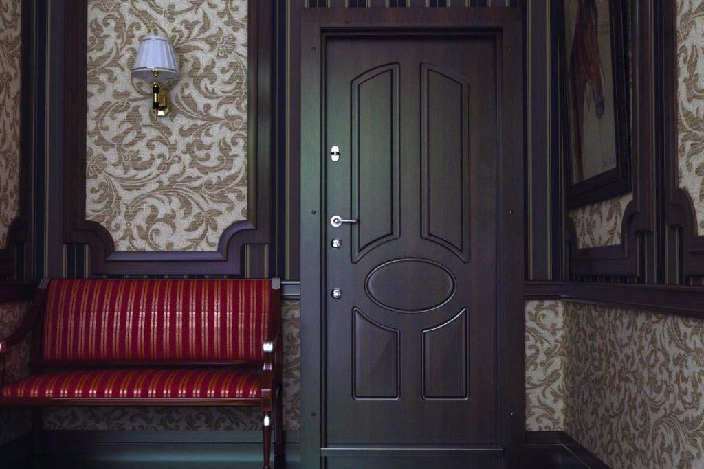 12-ban-nadezhnie-vhodniye-dveri-bezopasnost-zashita-vashego-doma (1)