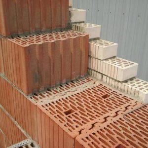 Превращаем деревянный дом в кирпичный в фото