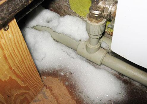 Как разморозить водопроводные трубы