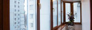 Чем отделать балкон изнутри, чтобы получить теплую обстановку? в фото