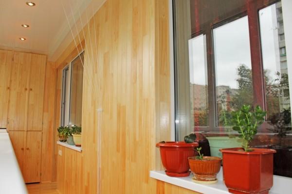 Заказываем ремонт балкона у специалистов: что нужно знать