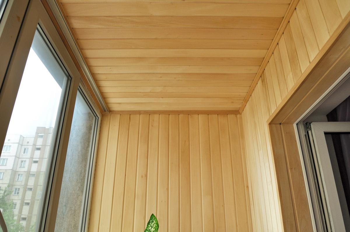 Внутренняя обшивка балкона: какой материал использовать?.