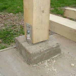 Соединяем дерево с бетоном