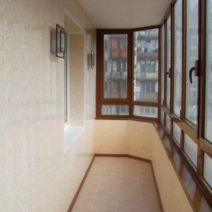 Остекление балконов и лоджий в квартирах