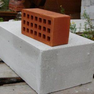 Кирпич или пеноблок – выбор при строительстве