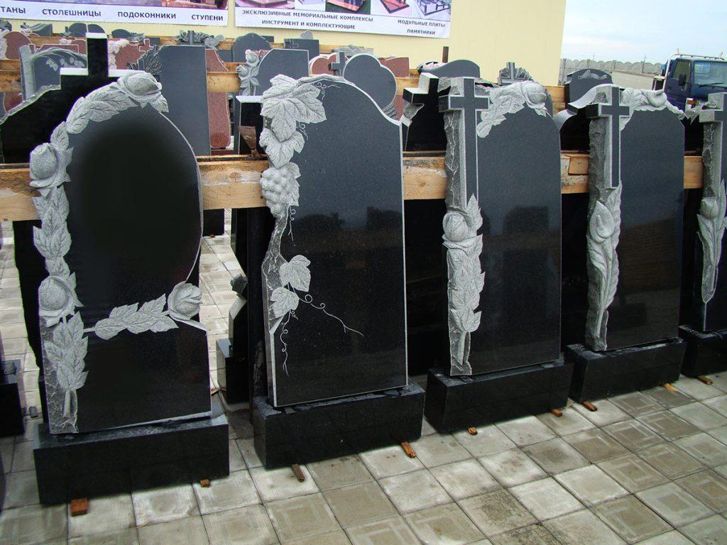 pamyatniki-Donetsk-nadgrobnye-pamyatniki-pamyatniki-tsena-granitnye-pamyatniki-15