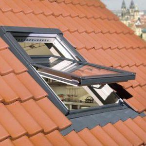Какими бывают мансардные окна
