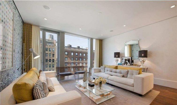 interier-s-panoramnym-ostekleniem-balkona