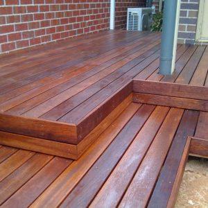 Террасная доска – идеальный материал для строительства во влажных помещениях