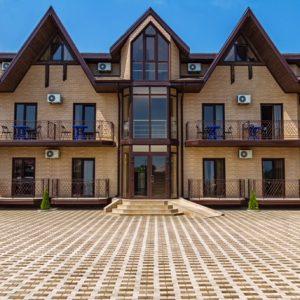 Привлекательный фасад дома. Как сделать бон?