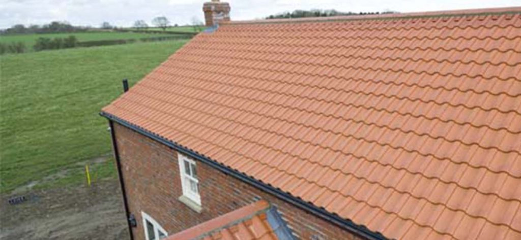 Traditional clay roof tiles vs modern alternatives 2018 July