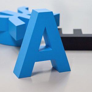 Как можно использовать объемные буквы в интерьере