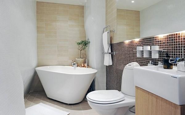 small bathroom modified 1471